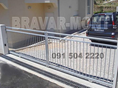 Bravar-Mont-364 jednostavne kapije ograde