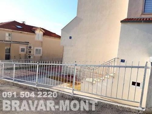 Bravar-Mont-219 kovane ograde za dvorista