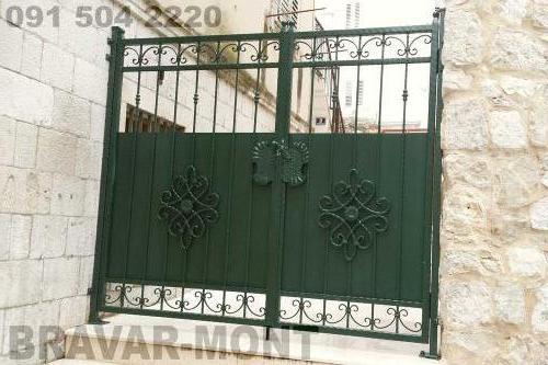 Bravar-Mont-085 kovane pjesacke kapije vrata