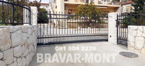 Bravar-Mont-024 kovane velike kapije