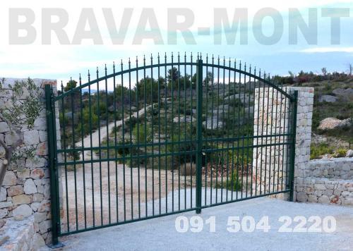 Bravar-Mont-038 kovane velike kapije