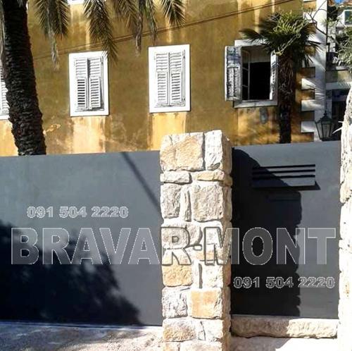 Bravar-Mont-441 moderne kapije i ograde