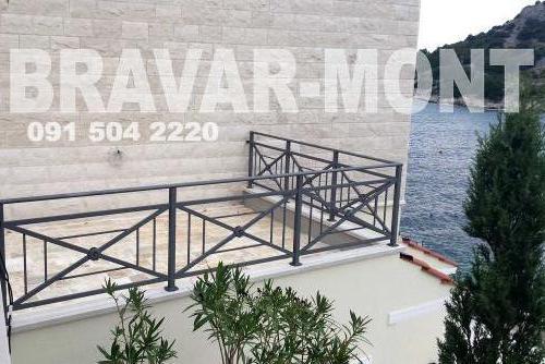 Bravar-Mont-457 moderne kapije i ograde